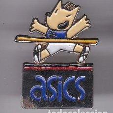 Coleccionismo deportivo: ASICS - PIN DE COBI DE LAS OLIMPIADAS DE BARCELONA 92 . Lote 115914455