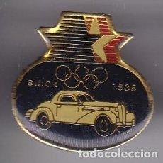 Coleccionismo deportivo: PIN JUEGOS OLIMPICOS DE LOS ANGELES - COCHE BUICK 1936 (CAR). Lote 116068371