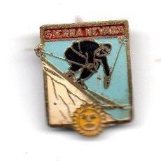Coleccionismo deportivo: SIERRA NEVADA (SKI). Lote 118299679