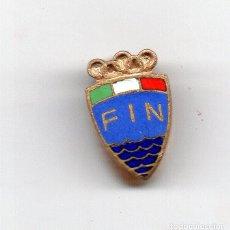 Coleccionismo deportivo: F I N (NATACIÓN)INSIGNIA EN ESMALTES AL FUEGO. Lote 118301263