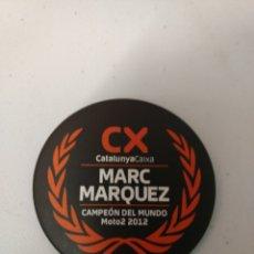 Coleccionismo deportivo: CHAPA PIN DE MARC MÀRQUEZ CX. CAMPEÓN DEL MUNDO 2012. Lote 118391067