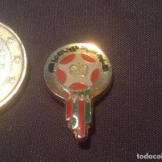 Colecionismo desportivo: PEDIDO MÍNIMO 5€ PIN SIN AGUJA FUTBOL EXTRANJERO. Lote 120434699
