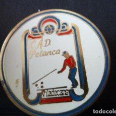 Coleccionismo deportivo: CAD PETANCA VILADECANS INSIGNIA DE AGUJA. Lote 130787728