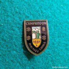 Collectionnisme sportif: ANTIGUA INSIGNIA PIN DE AGUJA IMPERDIBLE ESMALTADO NIEVE CAMPRODON PIRINEU CATALA GIRONA. Lote 131956714