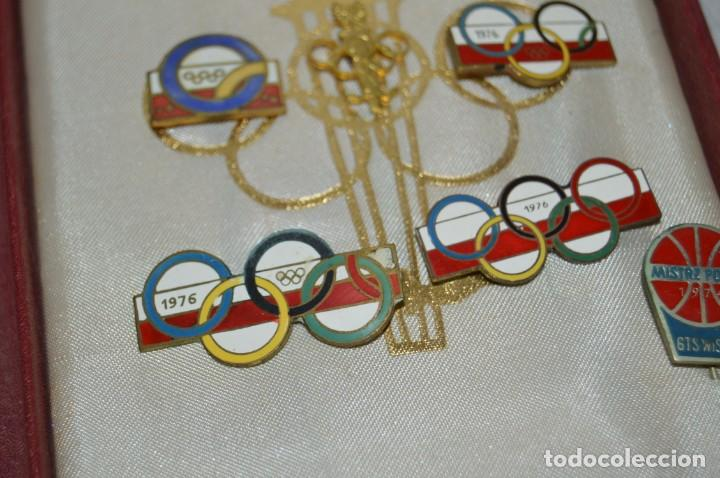 Coleccionismo deportivo: AÑO 1976 - DIVISA DE LOS DEPORTES DE POLONIA CON PINES - OLIMPIADAS DE MONTREAL DE 1976 - ENVÍO24H - Foto 10 - 134754042