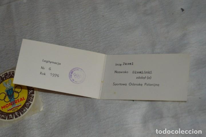 Coleccionismo deportivo: AÑO 1976 - DIVISA DE LOS DEPORTES DE POLONIA CON PINES - OLIMPIADAS DE MONTREAL DE 1976 - ENVÍO24H - Foto 17 - 134754042
