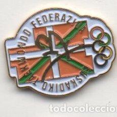 Colecionismo desportivo: PIN DEPORTIVO-FEDERACION VASSCA DE TAEKWONDO. Lote 143998310