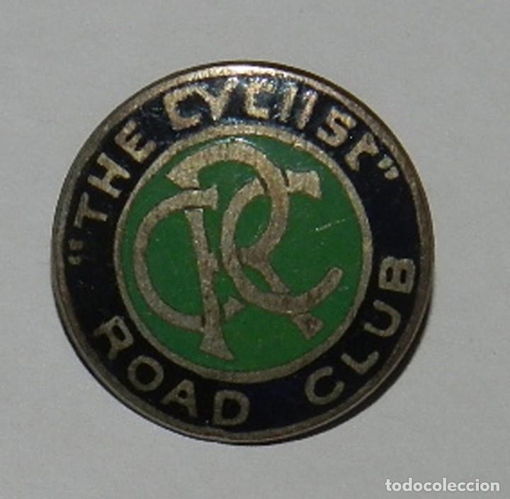 THE CYCLIST ROAD CLUB ENAMEL BADGE, INSIGINIA DE SOLAPA DE CICLISMO, ESMALTADA, MIDE 2 CMS. REVERSO (Coleccionismo Deportivo - Pins otros Deportes)