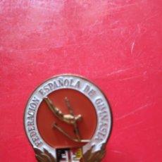 Coleccionismo deportivo: PINS O SOLAPERO FEDERACIÓN ESPAÑOLA DE ATLETISMO. Lote 149443826