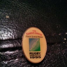 Coleccionismo deportivo: PIN RUGBY WORLD CUP 1995. Lote 149871253