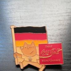 Coleccionismo deportivo: PIN COBI ABANDERADO ALEMANIA PUBLICIDAD COCA-COLA - BARCELONA 92 OLIMPIADAS JOCS JUEGOS. Lote 152492434