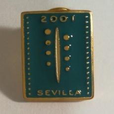 Coleccionismo deportivo: PIN REMO SEVILLA 2001. Lote 152797784