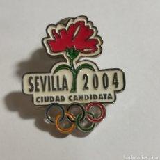 Coleccionismo deportivo: PIN SEVILLA OLIMPICA 2004. Lote 152798382
