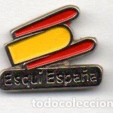 Coleccionismo deportivo: PIN-COMITÉ DE ESPAÑA DE SKI. Lote 155701282