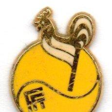 Coleccionismo deportivo: PIN-FEDERACIÓN FRANCESA DE TENIS. Lote 155701422