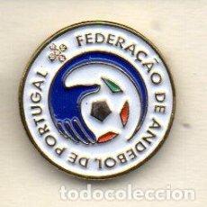 Coleccionismo deportivo: PIN-FEDERACION DE BALONMANO DE PORTUGAL. Lote 156657542