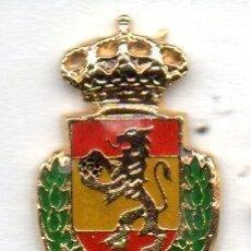 Coleccionismo deportivo: PIN-FEDERACION ESPAÑOLA DE BALONMANO. Lote 156657638