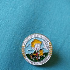 Coleccionismo deportivo: PIN BADGE ECOLE RUGBY COTE ROCHEUSE. Lote 159722916