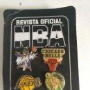 Coleccionismo deportivo: PINS NBA (REVISTA OFICIAL). Lote 160421754