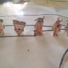 Coleccionismo deportivo: LOTES DE 5 PINS KEMEL JUEGO OLINPICO, TENIS, FUTBOL Y ATLETISMO PIN. Lote 166273622