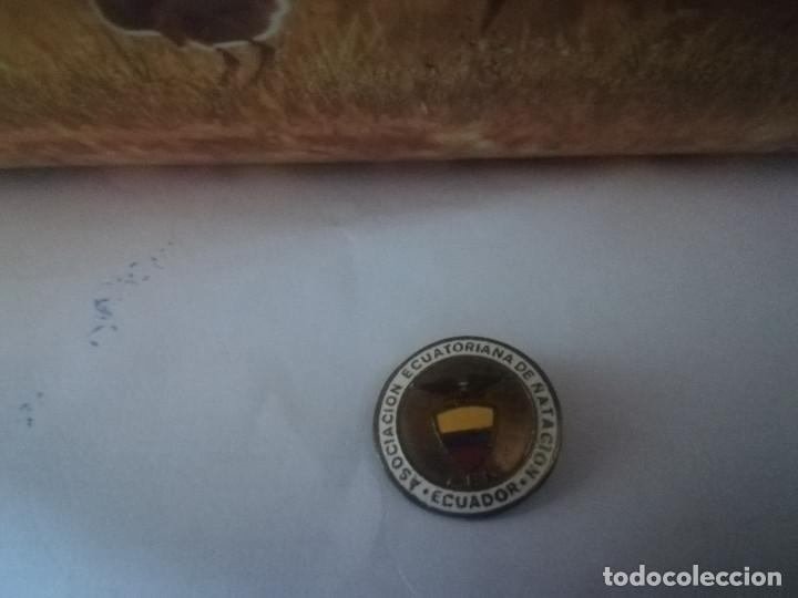 INSIGNIA ASOCIACION ECUATORIANA DE NATACION PINS (Coleccionismo Deportivo - Pins otros Deportes)