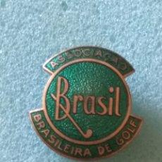Coleccionismo deportivo: PIN GOLF, INSIGNIA, FEDERACIÓN BRASIL, ANTIGUA. Lote 173767789
