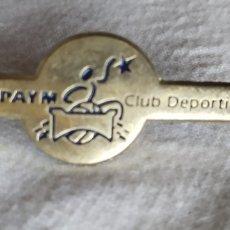 Coleccionismo deportivo: PIN ASPAYM CASTILLA Y LEON (COLECTIVO PERSONAS CON DISCAPACIDAD) BALONCESTO SILLA DE RUEDAS. Lote 192089731