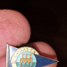 Coleccionismo deportivo: ESCUELA DE CLUB DE KAYAKS DE LOGROÑO. Lote 175790703