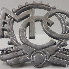 Coleccionismo deportivo: PLACA - EMBLEMA DEL MOTO - CLUB CATALUNYA . FRENTE 8 CM. Lote 177763060