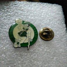 Coleccionismo deportivo: INSIGNIA PINS BALONCESTO BASKET CELTIC BOSTON. Lote 179838511