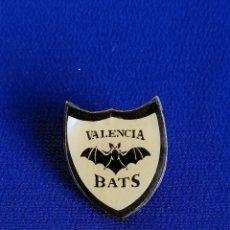 Coleccionismo deportivo: PIN VALENCIA BATS -FUTBOL AMERICANO . Lote 181573433