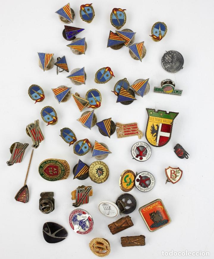 DEPORTE. GRAN LOTE VARIADO DE PINS, 1950-70'S APROX. (Coleccionismo Deportivo - Pins otros Deportes)