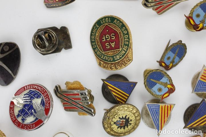 Coleccionismo deportivo: DEPORTE. GRAN LOTE VARIADO DE PINS, 1950-70'S APROX. - Foto 4 - 181731852