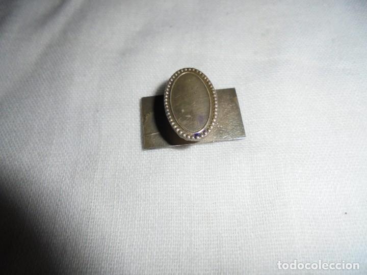 Coleccionismo deportivo: PIN DE SOLAPA DE PLATA CAZA Y PESCA? - Foto 2 - 190547747