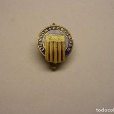 Coleccionismo deportivo: INSIGNIA ANTIGUA CLUB L'UNION, PERPIGNAN. ESMALTES AL FUEGO.. Lote 192746672