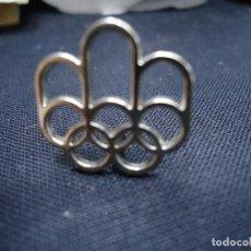 Coleccionismo deportivo: PIN/INSIGNIA OFICIAL DE LOS JUEGOS OLÍMPICOS DE MONTREAL 1976 (CANADA). XXI OLIMPIADA. DEPORTE. RARO. Lote 192909927