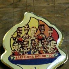 Coleccionismo deportivo: PIN DREAM TEAM 1992 OLIMPIADAS BARCELONA. Lote 194156648