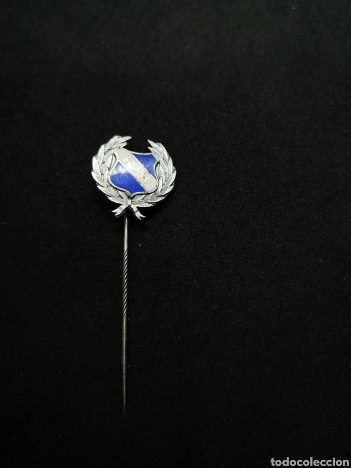 Coleccionismo deportivo: Pin de solapa años 50 equipo balonmano - Foto 2 - 194555098