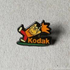 Coleccionismo deportivo: PIN COBI. BARCELONA 92. KODAK.. Lote 194718568
