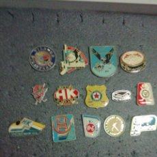 Coleccionismo deportivo: LOTE 14 PINS DE HOCKEY HIELO. Lote 199521970