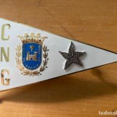 Coleccionismo deportivo: ANTIGUA PLACA INSIGNIA ESMALTADA CLUB NÁUTICO GANDÍA . Lote 199931143