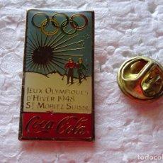 Coleccionismo deportivo: PIN DE DEPORTES / COCA COLA. JUEGOS OLÍMPICOS DE INVIERNO CARTEL ST MORITZ 48 1948 SERIE CHINA. Lote 206439555