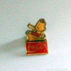 Coleccionismo deportivo: PIN BADGE JUEGOS OLÍMPICOS BARCELONA 92 OLYMPIC GAMES - COBI - COCA COLA - ATLETISMO. Lote 206526648