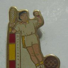 Coleccionismo deportivo: PIN TENIS BARCELONA 92. Lote 208916505