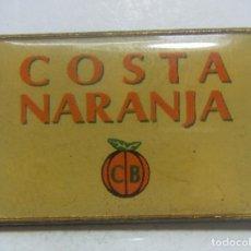 Coleccionismo deportivo: PIN CLUB BALONCESTO COSTA NARANJA. Lote 210641033