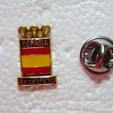 Coleccionismo deportivo: PIN DE DEPORTES. ESCUDO COMITÉ OLÍMPICO ESPAÑOL. OLIMPIADAS BARCELONA 92 1992. Lote 210698816