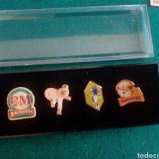 Coleccionismo deportivo: CAJA ORIGINAL CON 4 PINS COLE BAGMONTS. Lote 210740887
