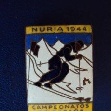 Coleccionismo deportivo: (PUB-200765)INSIGNIA ESMALTADA DE AGUJA NURIA 1944 - CAMPEONATOS DE ESPAÑA. Lote 210958445