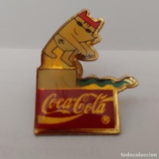 Coleccionismo deportivo: PIN COCA COLA 92. Lote 212173412