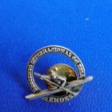Coleccionismo deportivo: PIN DESCENCESO INTERNACIONAL DEL ESLA- ENDES. Lote 214247160